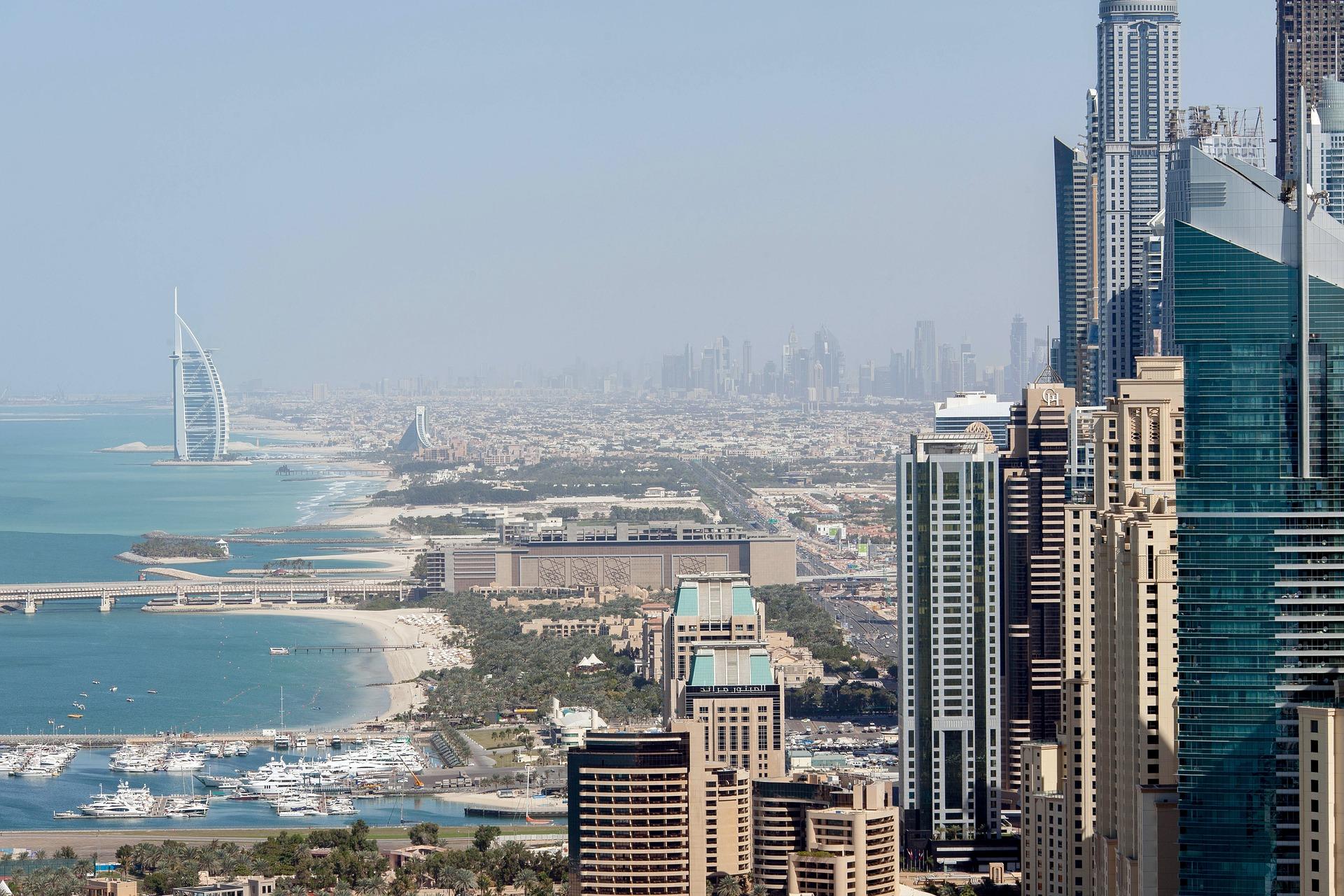 Pigūs skrydžiai į Dubajų